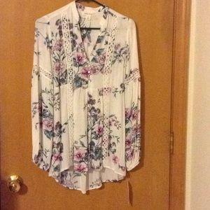 Floral print boho blouse